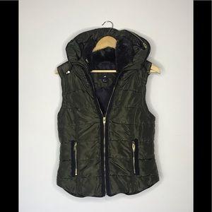 Excellent Used condition H&M Vest